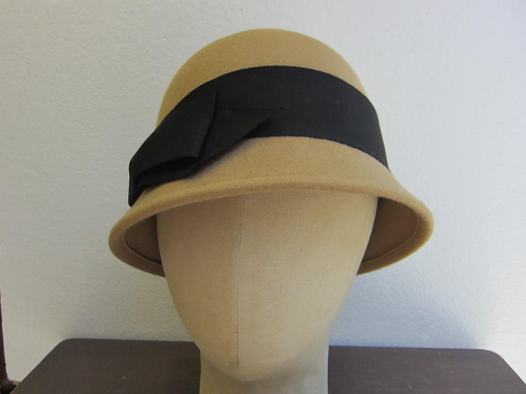 帽子 クロッシェ F