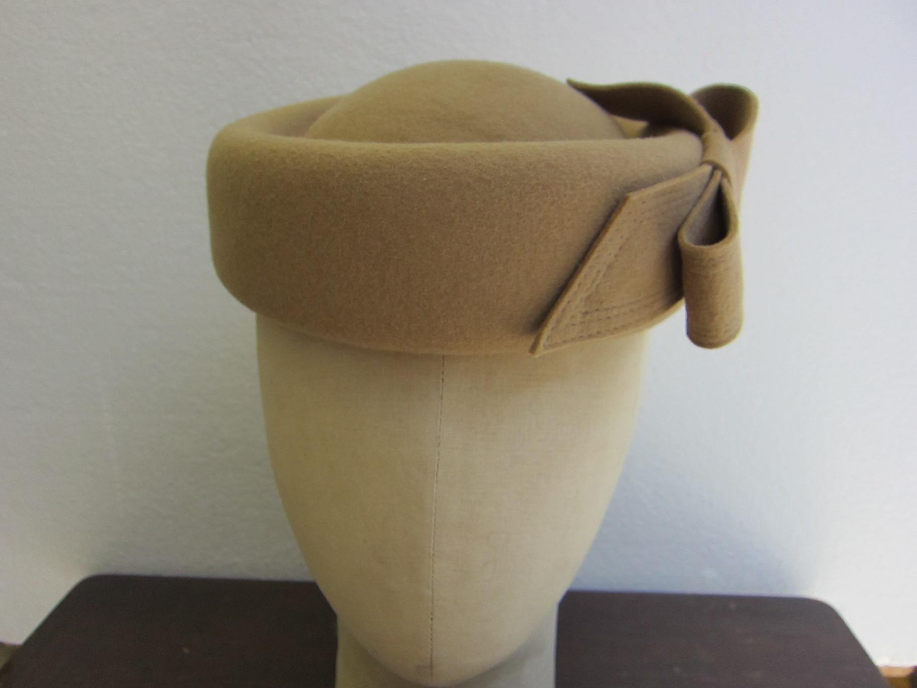 帽子 トーク型 F