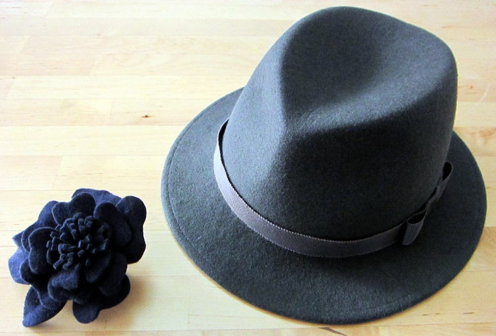 One Dayレッスン フェルト帽子と造花の生徒作品の紹介写真