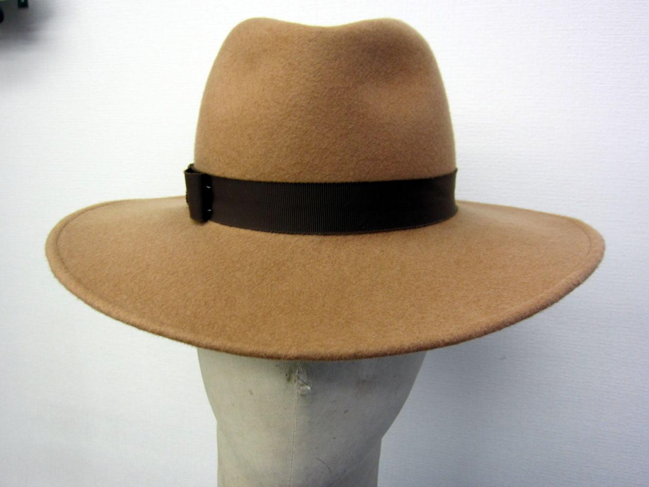 ソフト帽 正面