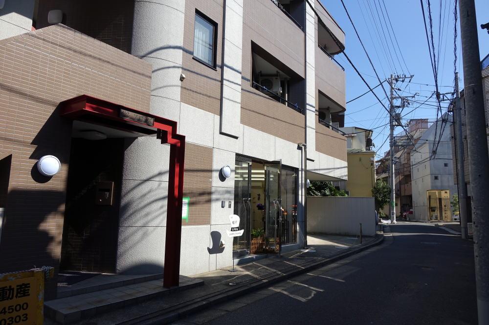 ユミコ イトヤマ帽子教室 入口風景
